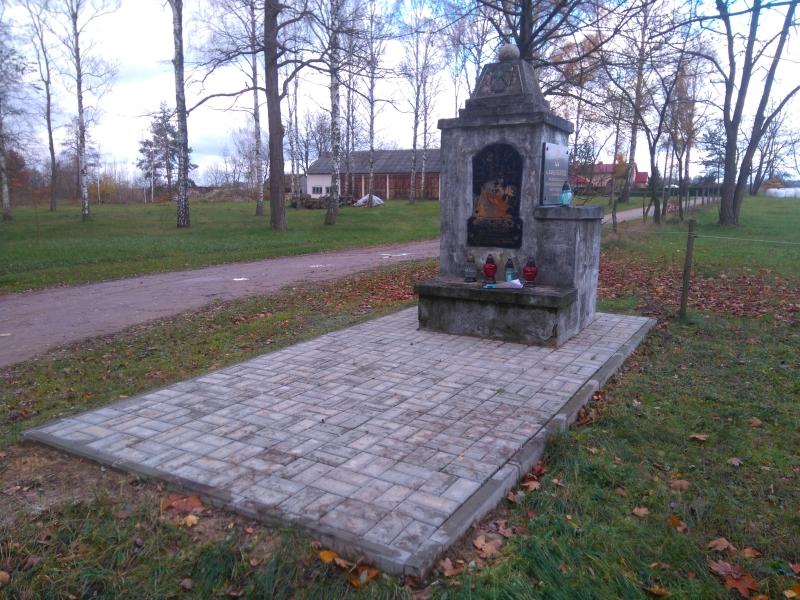 pomnik_katarzynow_11-11-2017