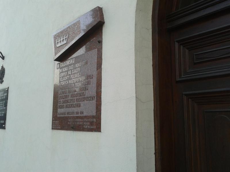 tablica_zjazdy_szlachty_1382_1384_bok