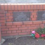 Gdzie znajduje się grób Janusza Różewicza?