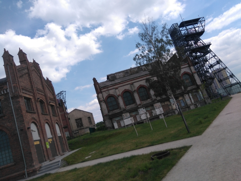 muzeum_slaskie_katowice_zewnatrz