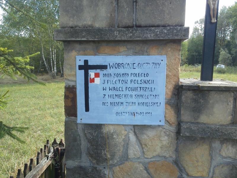 olszynki_pomnik_lotnikow_2