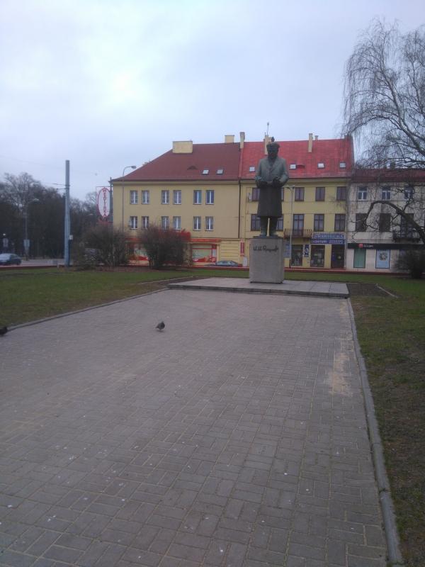 plac_pomnik_reymonta_lodz_2