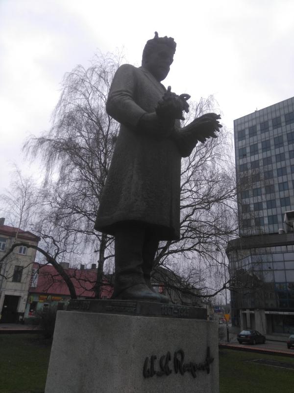 plac_pomnik_reymonta_lodz_4