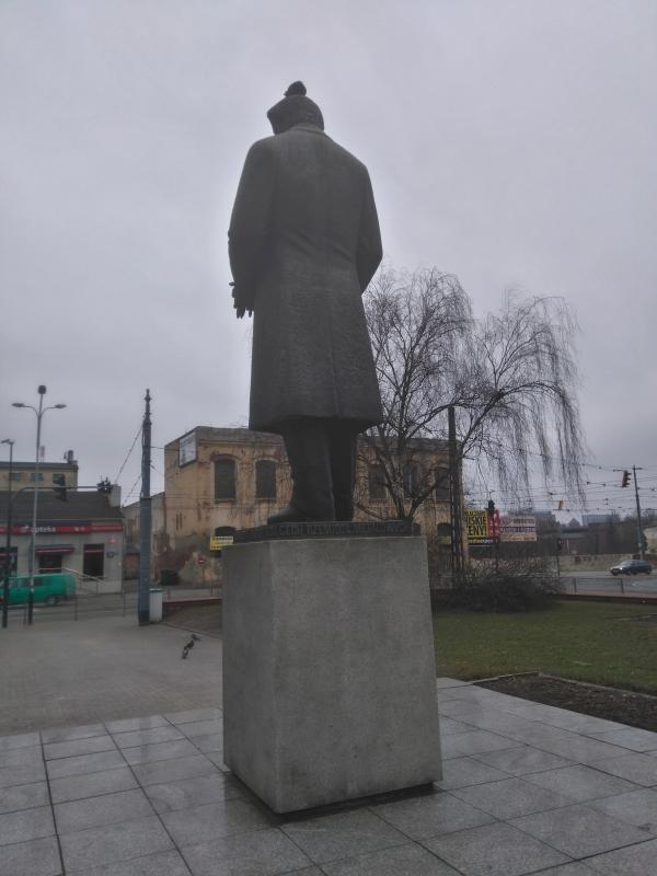 plac_pomnik_reymonta_lodz_5