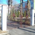 """Stara brama i furtka z """"Elektryka"""" zabezpieczone"""