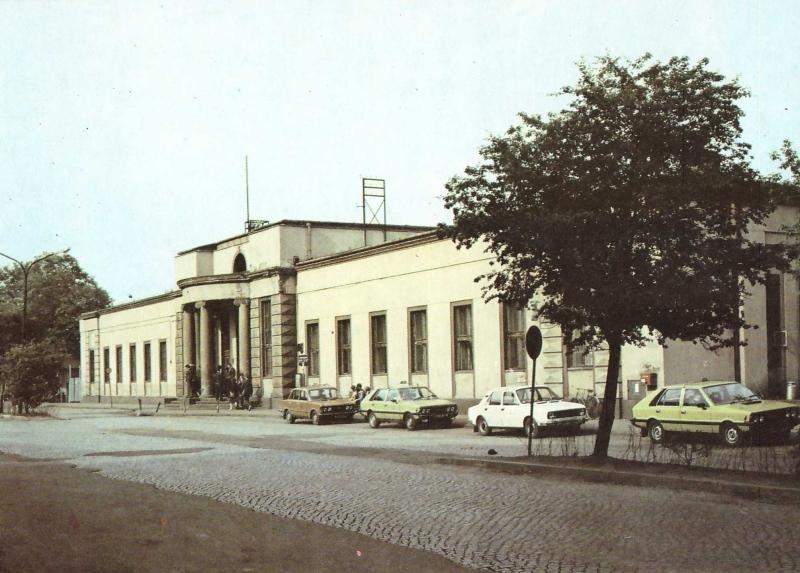budynek_dworca_kolejowego_radomsko_2pol-lat80-xxwieku