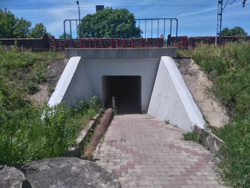 gomunice_tunel_pod_torami_kolo_ug_2
