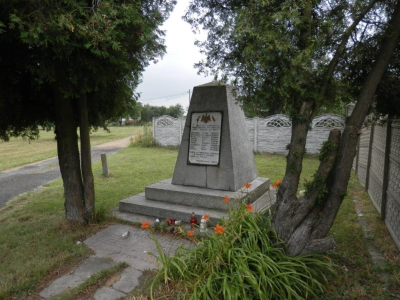pomnik_rudniki_przed_modernizacja_fot_ugredziny