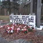 Obelisk upamiętniający bitwę pod Ewiną