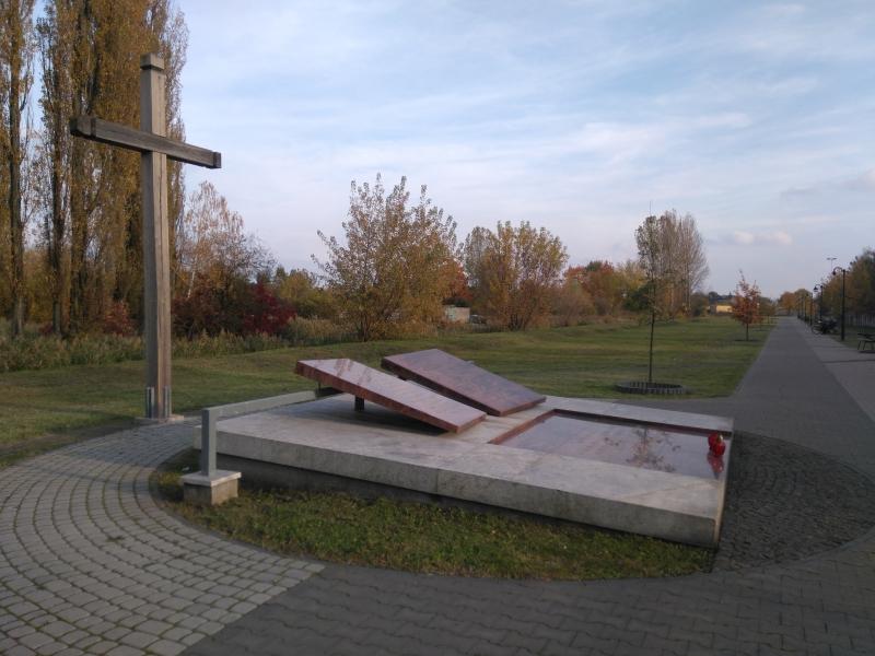 pomnik_kopiec_4