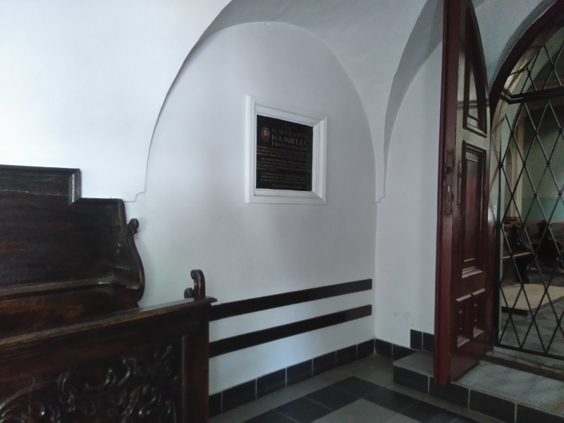tablica_hamielec_klasztor_radomsko_1