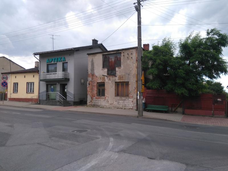 stara_elewacja_na_budynku_w_kamiensku_3