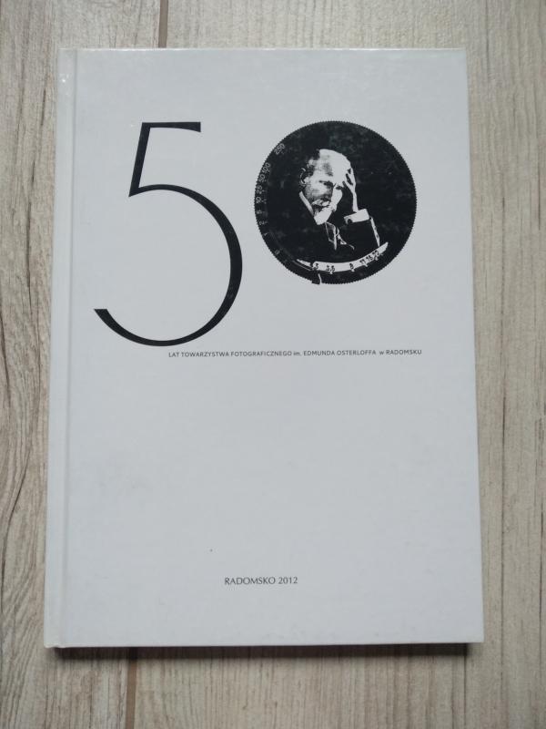 50_lat-_towarzystwa_fotograficznego_ksiazka_1