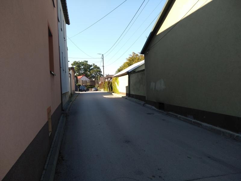 ulica_przedborska_checiny_2