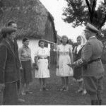 [stare zdjęcie] Wręczenie dokumentów potwierdzających niemieckie obywatelstwo