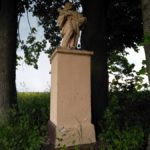 Figura św. Jana Nepomucena w miejscowości Dęba