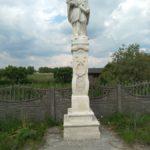 Figura św. Jana Nepomucena w miejscowości Przerąb