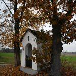 Łazów. Piękna kapliczka Św. Jana Nepomucena