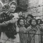Uczniowie ZSP nr 1 w Radomsku uczestniczyli w sesji edukacyjnej dotyczącej wyzwolenia KL Auschwitz