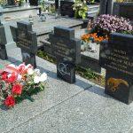 Groby lotników na cmentarzu w Kobielach Wielkich