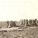 [stare zdjęcie] Zestrzelony polski samolot koło Gidel