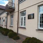 Kamieńsk. Tablica pamiątkowa na 90 rocznicę odzyskania niepodległości