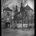 Obraz nad bramą wejściową na dziedziniec klasztoru Franciszkanów